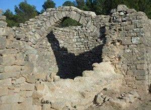 les vestiges de constructions romaines