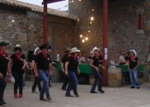 Danses Country, Agel 34