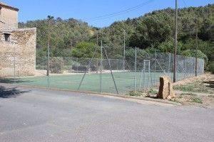 le court de tennis, Agel